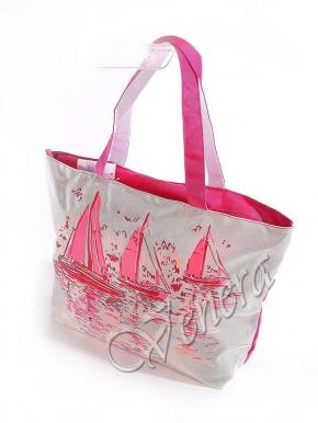 Пользуются популярностью летние сумки из текстиля разных размеров и...